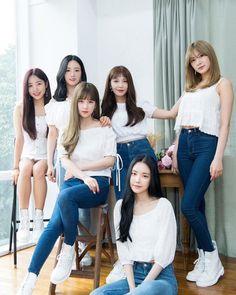 Apink One & Six promotion by Naver x Dispatch. Kpop Girl Groups, Korean Girl Groups, Kpop Girls, Eun Ji, Extended Play, Kpop Outfits, Fashion Outfits, Six Girl, Apink Naeun