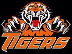 tiger mascot t shirt ideas Clemson Logo, Clemson Tiger Paw, Zine, Baseball Shirt Designs, Tiger Wallpaper, Tiger Logo, Tiger Art, Tiger T Shirt, Football Wallpaper