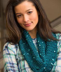 Classy Crochet Cowl Pattern