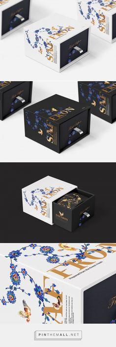 Tea Packaging, Luxury Packaging, Food Packaging Design, Packaging Design Inspiration, Brand Packaging, Tea Design, Book Design, Gift Box Design, Brand Design
