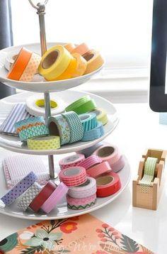 ケーキスタンドをマスキングテープ置き場として。 カラフルな色合いが、まるでスイーツみたい!