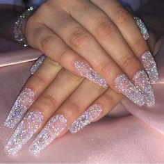 Want to know how to do gel nails at home? Learn the fundamentals with our DIY tutorial that will guide you step by step to professional salon quality nails. Bling Nails, My Nails, Bling Wedding Nails, Sparkle Nails, Pink Tip Nails, Halo Nails, Kylie Nails, Mauve Nails, Nails On Fleek