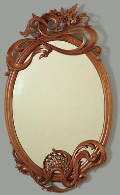 In stile Liberty Carved Mirror - Galleria di Reader - Lavorazione del legno fine