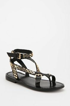 Boutique9 Pyralis Toe-Hold Sandal