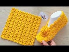 Learn crochet: Very Easy Crochet Slippers booties socks New model tutorial Easy Crochet Slippers, Crochet Slipper Pattern, Crochet Headband Pattern, Crochet Shoes, Crochet Clothes, Crochet Patterns, Crochet Videos, Beautiful Crochet, Free Crochet
