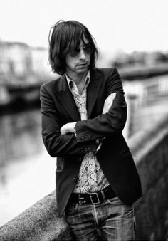 Bobby Gillespie, Primal Scream Indie Pop, Indie Music, Music Icon, Men's Style Icons, Guy Haircuts Long, Peter Beard, Sigur Ros, Primal Scream, Music Pictures
