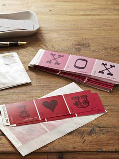 25 DIY Valentine's Day Crafts Everyone Will Love Valentine *CARDS* from Paintchips