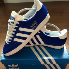 lowest price 4bc7b 0c326 Stunning vintage Gazelles manufactured in 1972 - 46-yrs-old.. Zapatillas  AdidasZapatillas ...