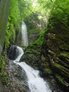 Ryuuka Waterfall in Shiobara, Nasushiobara, Tochigi Prefecture. Taken by K. Kanaoka
