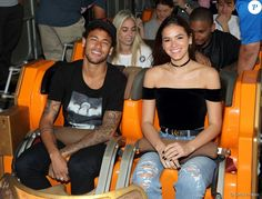 VALENCIA, CA - JUNE Athlete Neymar Jr. and actor Bruna Marquezine ride Twisted Colossus at Six Flags Magic Mountain on June 2017 in Valencia, California. (Photo by Mathew Imaging/WireImage) Neymar Jr, Football Wags, Neymar Football, Neymar Girlfriend, Wife And Girlfriend, Bruna Marquezine And Neymar, Neymar Brazil, Dolce E Gabbana, Aesthetic Images