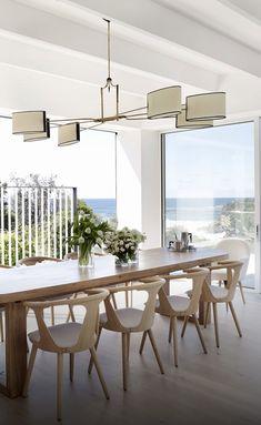 Dining Room Lighting, Dining Room Chairs, Dining Room Furniture, Dining Area, Location Table, Minimalist Dining Room, Modern Minimalist, Suburban House, 1950s House
