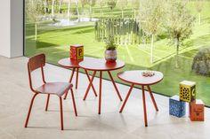 Tisch rot Dreibein. Runder Tisch rot.
