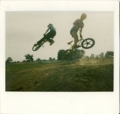 http://blog.defgrip.net/2009/03/amazing-old-school-bmx-photos/