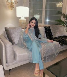 Indian Bridal Outfits, Pakistani Bridal Dresses, Pakistani Outfits, Indian Dresses, Ethnic Outfits, Ethnic Dress, Fashion Outfits, Indian Attire, Indian Wear