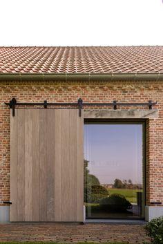 Barn House Conversion, Modern Barn House, Barn Renovation, Stone Houses, House Goals, Architectural Elements, Architecture, Future House, Home Fashion
