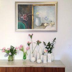 Summoning spring . . #interiors #instadesign #homedecoration #homestyle #interiordesign # instagood #inspiration # interior #inspire #interiors #inspired #inspo #home #newyork #housebeautiful #thefinerthings #art #architecture #architecturaldigest #elledecor #elledecoration #instadecor #flowers #flower #urbannature #flowerstagram #flowersofinstagram #winterflowers #germanpottery #rosenthal #pottery
