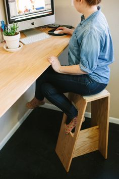 Modern stool diy from subtletakeover