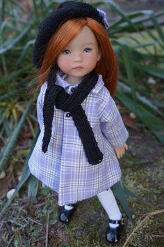 Bonjour à toutes ! Après Maé hier , voici la petite Annie qui vous présente sa nouvelle tenue . Comme je vous le disais , nous...