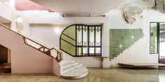 Flores & Prats Arquitectos. Sala Beckett  //  2. Nueva y vieja escalera