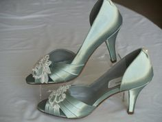 Brides Sage Wedding Shoes with beautiful Ivory or White appliqué, Peep Toe Pumps,Sage Green Satin Heels,Country Chic Outdoor Rustic Garden Wedding Heels, Green Wedding Shoes, Dress Wedding, Wedding Sarees, Beautiful Shoes, Beautiful Bride, Beautiful Gowns, Peep Toe Pumps, Stiletto Heels