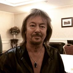 "Chris Norman on Instagram: ""Greetings from Russia! #chrisnormanofficial #chrisnorman #chrisnormanband #moscow 🇷🇺"" Moscow, Norman, Dog Tag Necklace, Russia, Stars, Instagram, Actor, Sterne, Star"
