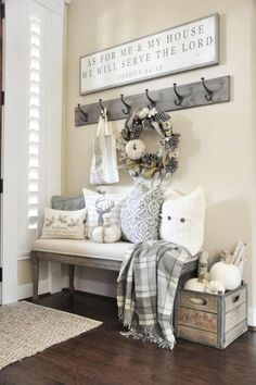 Are you looking for pictures for farmhouse living room? Browse around this website for very best farmhouse living room pictures. This amazing farmhouse living room ideas will look completely brilliant. Diy Home Decor Rustic, Rustic Entryway, Rustic Farmhouse Decor, Cheap Home Decor, Farmhouse Style, Rustic Wood, Rustic Style, Farmhouse Ideas, Vintage Farmhouse