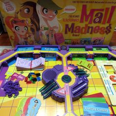 Mall Madness Board Game Electronic 2004 Yellow Talk Milton Bradley 100% COMPLETE…