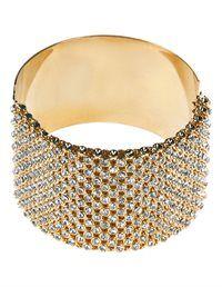 Ein Armreif für wertvolle Stylings - ein Armband mit Luxuscharakter.
