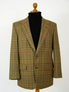 Magee mens tweed jacket .. classic country style check tweed.
