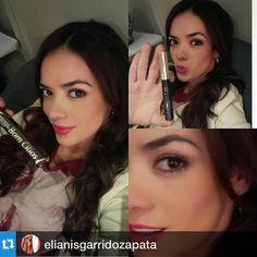 Elianis Garrido Actriz y modelo Colombiana usando BOMCILIOS by LZ