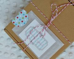 Pretty collection of holiday printables for Christmas or any holiday from Amy J Delightful.