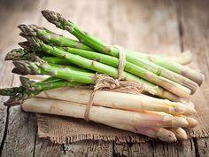 Asparagi verdi e asparagi bianchi friulani