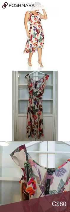 City Chic Dress Tropical Wrap Plus Size 18 City Chic Trendy Printed Wrap Midi Dress Tropical Essence Plus Women Size M Super Pretty - Can be casual or dressy Brand New City Chic Dresses Midi