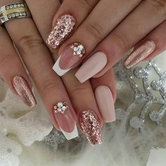 89 Bestes Design für Hochzeitsnägel 2019 Page 30 – Nageldesigns, You can collect images you discovered organize them, add your own ideas to your collections and share with other people. Cute Acrylic Nails, Cute Nails, My Nails, Dark Nails, Best Nails, Nail Art With Glitter, Nail Designs With Glitter, Glitter Ombre Nails, Nail Designs Bling