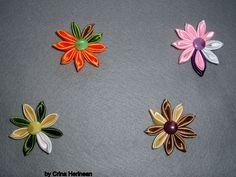 Kanshashi flower brooch