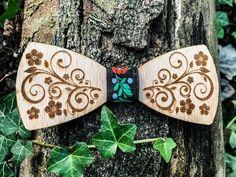 Drevený motýlik - Kvet – waidzeit.sk Accessories, Fashion, Moda, Fashion Styles, Fashion Illustrations, Jewelry Accessories