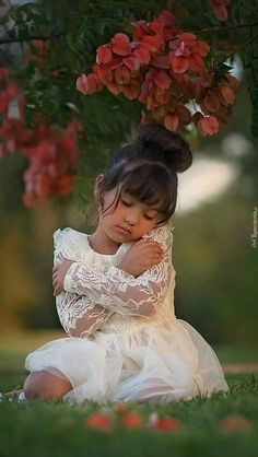 s Clothing Children' Cute Kids Photos, Little Girl Photos, Cute Little Girls, Little Girl Dresses, Flower Girl Dresses, Precious Children, Beautiful Children, Beautiful Babies, Girl Photography