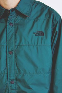 viiroots:  The North Face Fort Point Reversible Jacket Buy it @ UO