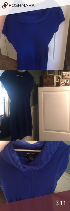 Juniors XL wet seal sweater dress Juniors XL wet seal sweater dress with leggings or skinny jeans- used- good condition/ no stains Wet Seal Dresses Midi