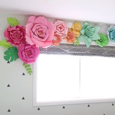 New diy paper roses easy how to make flower tutorial Ideas Paper Flowers Craft, How To Make Paper Flowers, Paper Flower Wall, Giant Paper Flowers, Flower Wall Decor, Flower Crafts, Diy Flowers, Flower Decorations, Party Decoration Ideas