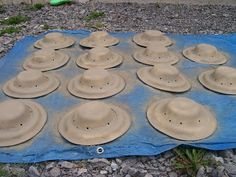 Paper Plate Safari Hats. using a bowl & plate. great for safari theme storytime.