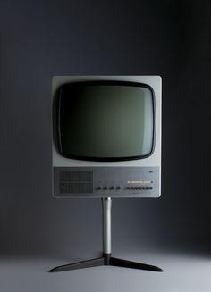 Dieter Rams, Braun television (FS 80), 1964; detail, design: Dieter Rams, photo: Koichi Okuwaki.