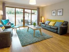 houses to rent living room - Google Search Renting A House, Houses, Living Room, Google Search, Home Decor, Homes, Decoration Home, Room Decor, Home Living Room