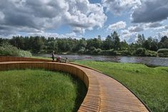 DJA winds a wooden path and viewing terrace through forest in latvia Wooden Path, Conceptual Architecture, Asphalt Road, Flood Zone, Water Pipes, Urban Planning, Pedestrian, Pathways, Terrace