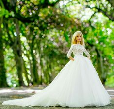 Barbie Sets, Barbie Dolls Diy, Barbie Fashionista Dolls, Doll Clothes Barbie, Barbie Doll House, Barbie Life, Dress Up Dolls, Barbie Bridal, Barbie Wedding Dress
