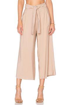 Pantalones palazzo de rayas http://stylelovely.com/revolveclothing/