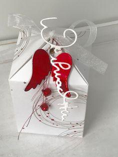 Passend zu meiner gestrigen Karte   ist noch eine Weihnachtsverpackung entstanden     die Idee zu der Box habe ich von der lieben D...