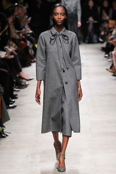 Rochas Fall 2015 RTW Collection - Style.com. Long live fashion: LÜR Nail presents the best designer runway looks of the Paris Autumn/Winter 2015 Collections.