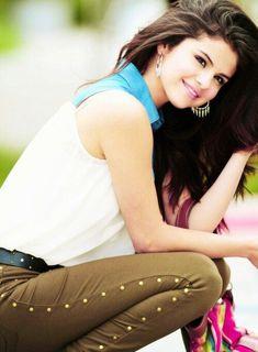 Selena Gomez Diet Plan and Workout Routine   herinterest.com