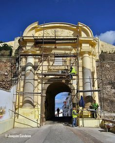 Campomaiornews: Portas da Vila estão em recuperação património his...